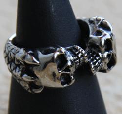 Totenkopf zweifach - Ring
