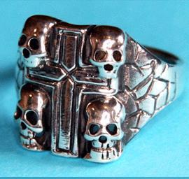 Totenkopf Ring - 4 Totenköpfe mit Kreuz