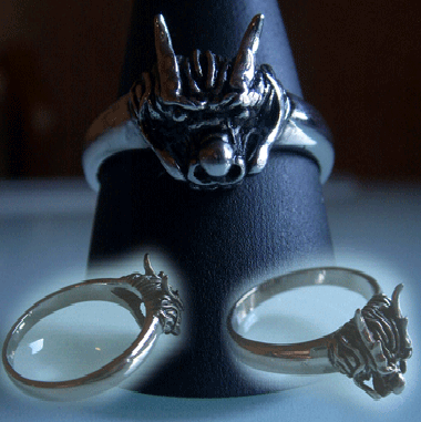 Totenkopf  Ring - Drache